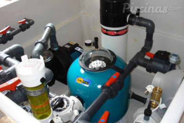 Tipos de depuradoras para piscinas for Depuradoras para piscinas