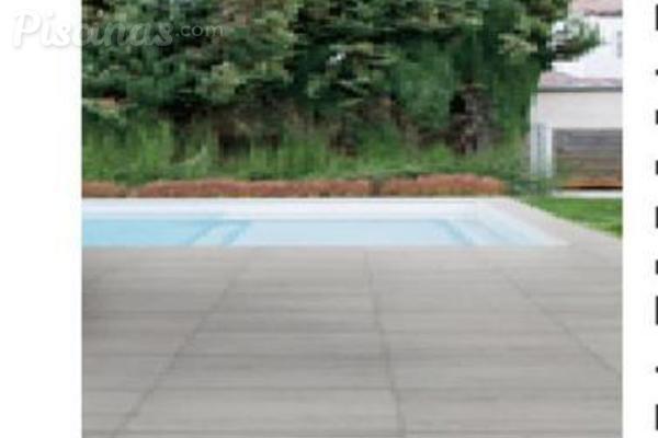Suelos at rmicos para piscinas for Suelos para alrededor de piscinas