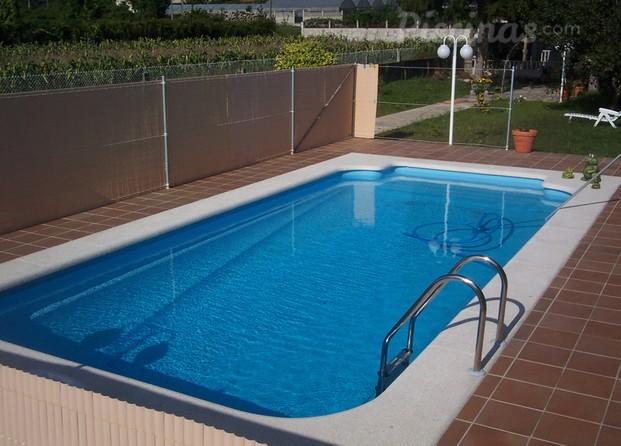 Im genes de c n piscinas for Multiforma piscinas
