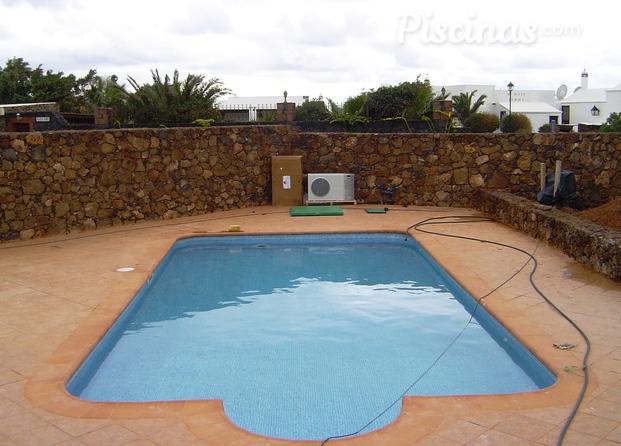 Im genes de piscinas lanzarote for Piscinas de acero galvanizado