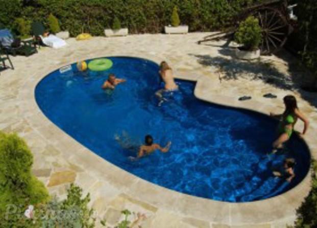 im genes de piscinas gallegas