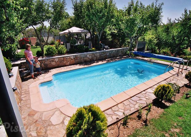 Im genes de aqualand piscinas for Piscina 8x4 profundidad