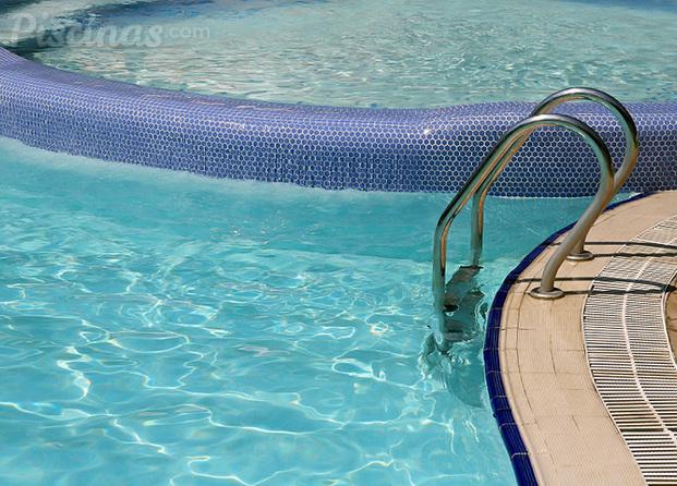 im genes de piscinas jim nez s l