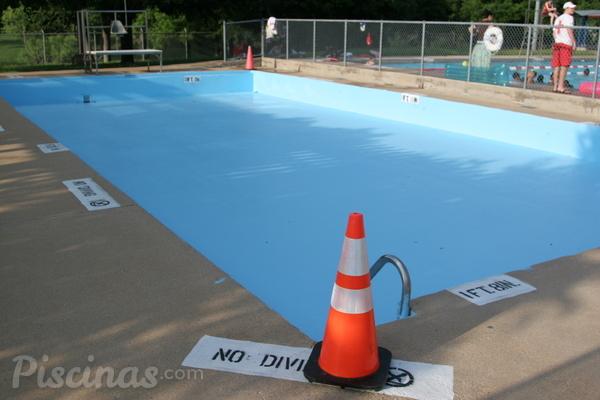 Solucionar problemas con la bomba de la piscina
