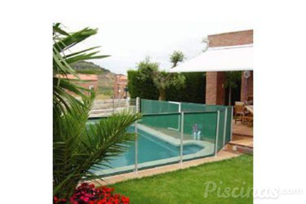 Seguridad infantil en las piscinas for Descuidos en la piscina