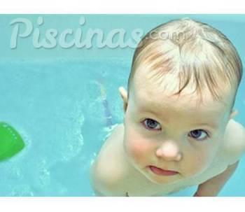 Piscina bebé: ¿A qué edad puede empezar a ir? | Minutus
