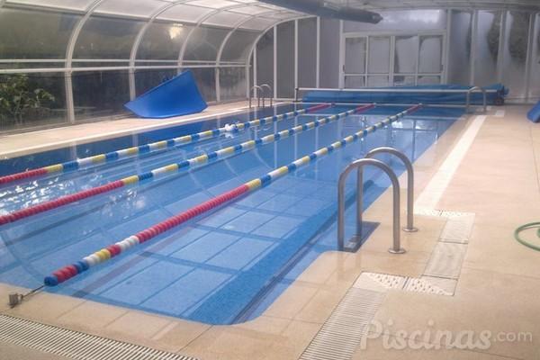 Los municipios tienen problemas con la construcci n de for Construccion de piscinas climatizadas