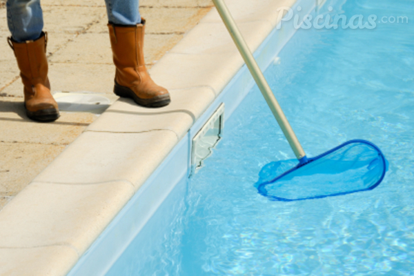 ¿Cuál es el consumo de agua real de una piscina?