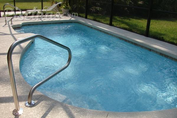 ¿Cuánto tiempo debo dejar funcionar la depuradora de mi piscina?