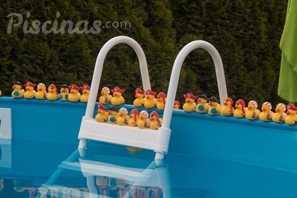 ¿Cómo arreglar un pinchazo en una piscina hinchable?