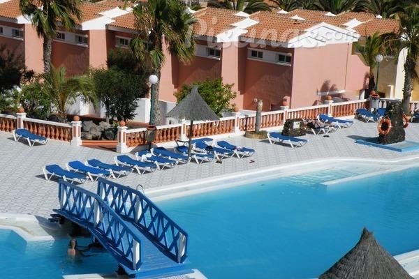 El parque de piscinas de uso público en España es de 121.070 unidades