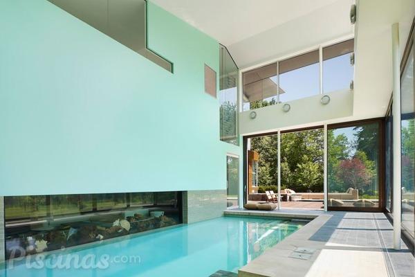 Piscinas interiores lujosas y eficientes - Piscinas en patios interiores ...