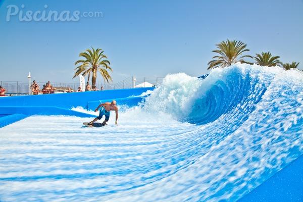 Las mejores olas se cogen en la piscina for Piscina de olas