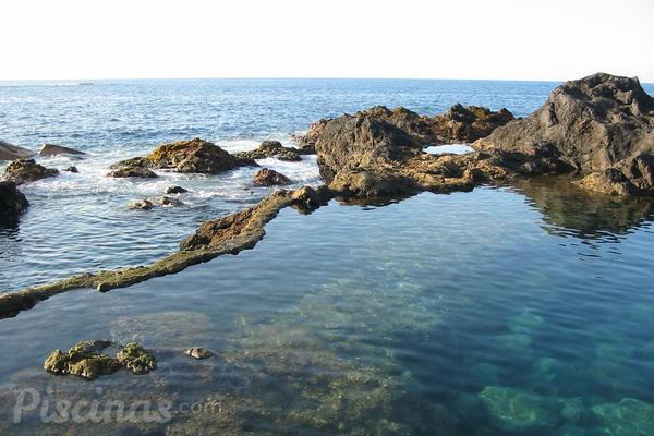 Las piscinas naturales m s bonitas de espa a for Las mejores piscinas naturales de madrid