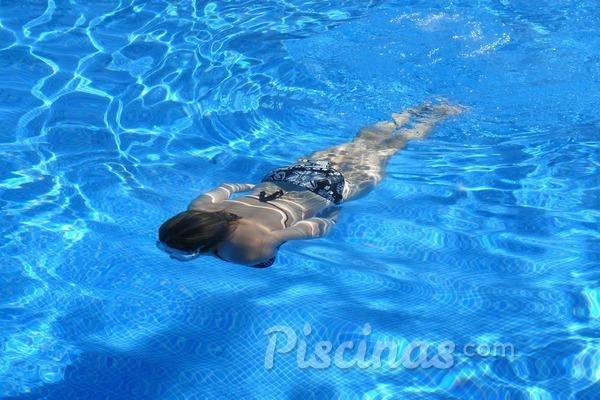 Disfruta de la piscina durante más tiempo con una bomba de calor