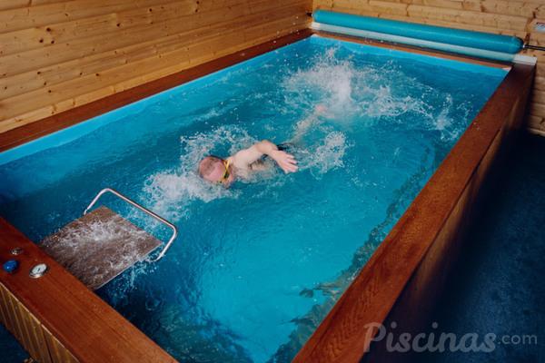 El sistema de nataci n contracorriente es tambi n m vil for Como hacer una pileta de natacion