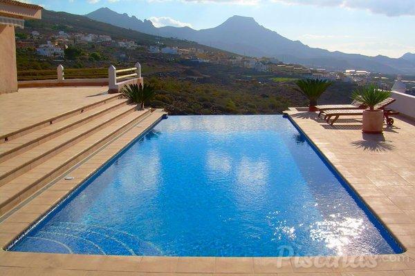 Descubre todos los tipos de piscinas con bordes infinitos - Tipo de piscinas ...