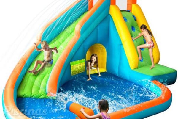 las piscinas inflables un parque infantil al aire libre