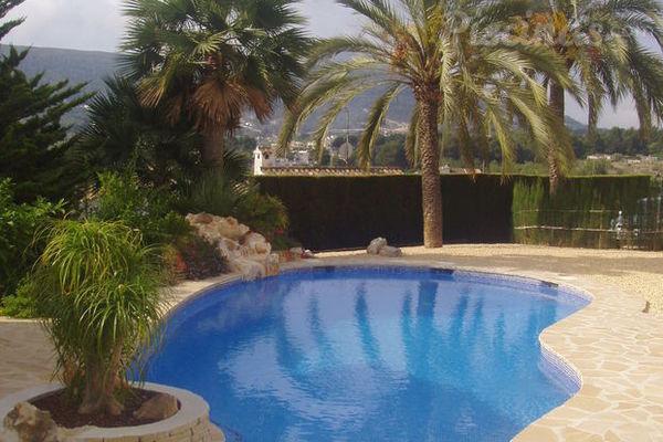 Elegir la forma de la piscina for Formas para piscinas