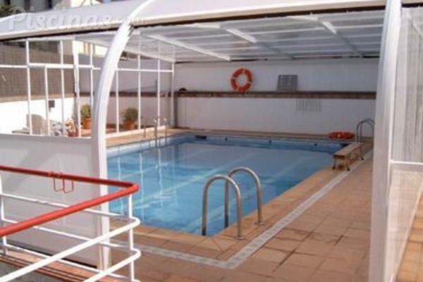 Normas de higiene en las piscinas cubiertas for Normas de piscina