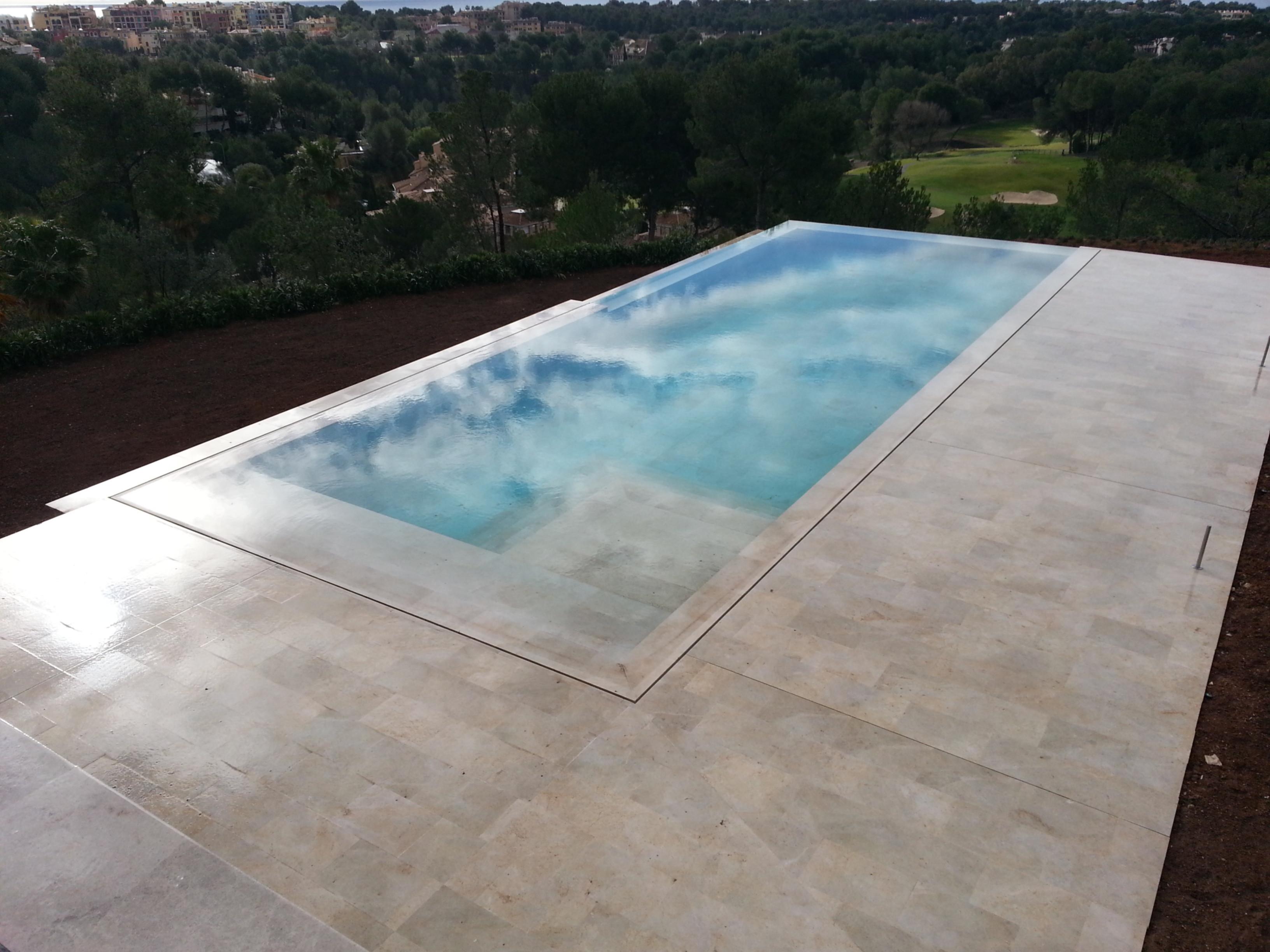 Tenemos las piscinas m s espectaculares for Piscinas desbordantes de diseno
