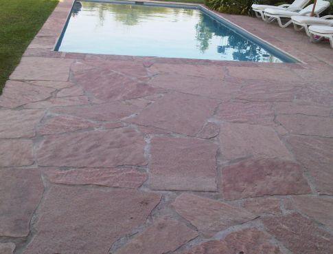 Los mejores materiales para el pavimento de tu sol rium - Pavimentos de piedra natural ...