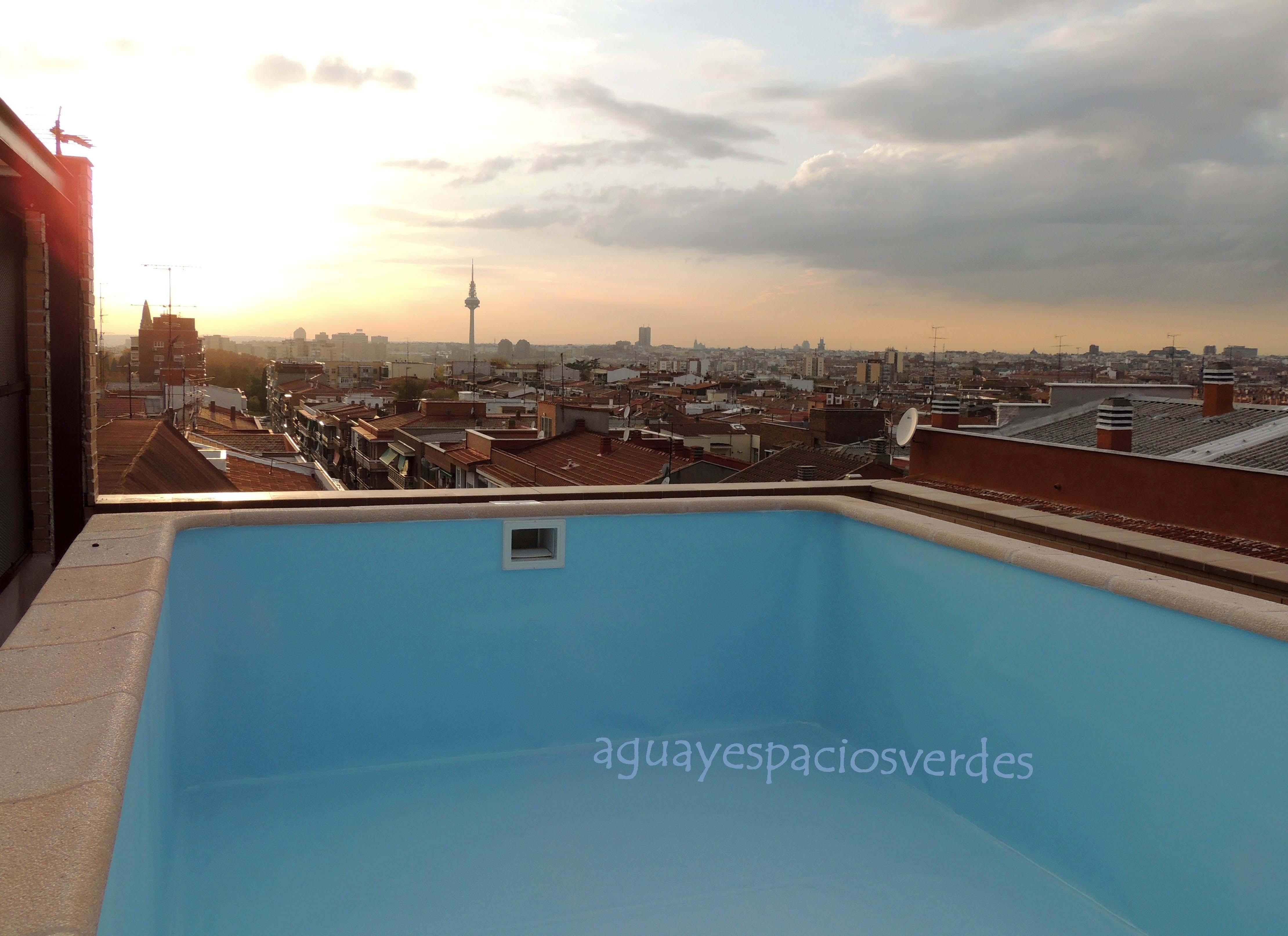 Siete piscinas privadas que te impresionar n - Piscinas en aticos ...