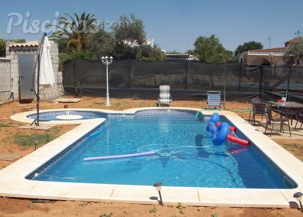 Im genes de aquamarina piscinas for Piscinas con jacuzzi incorporado