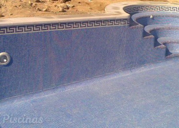 Construcci n de piscinas m laga for Piscina 8x4 profundidad