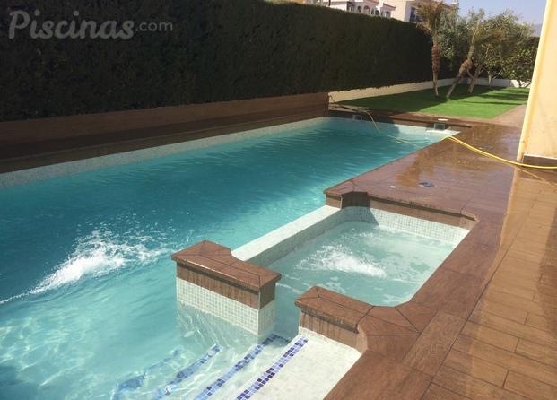 Mi tienda de piscinas gil de pareja - Piscina con jacuzzi ...
