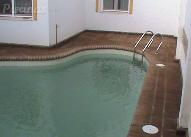 Construcci n de piscinas badajoz for Piscina 8x4 profundidad