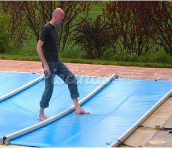 Cobertores de piscinas barcelona for Precio cobertor piscina