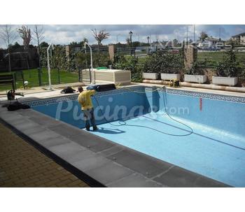Cat logo de piscinas ferma for Catalogo de piscinas