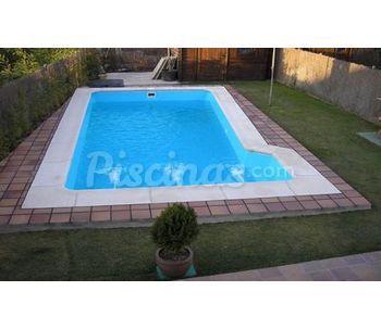 Piscinas de poli ster valencia for Valor de una piscina de fibra de vidrio