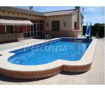 Cat logo de piscinas fibra for Piscinas hipercor catalogo